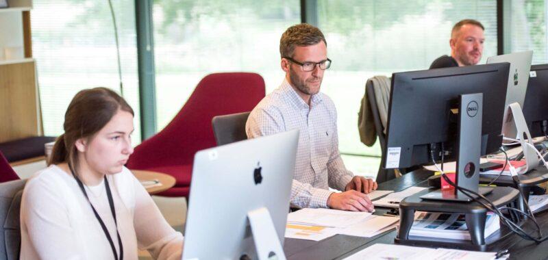 Pourquoi devriez-vous intégrer un CRM ou ERP en entreprise ?