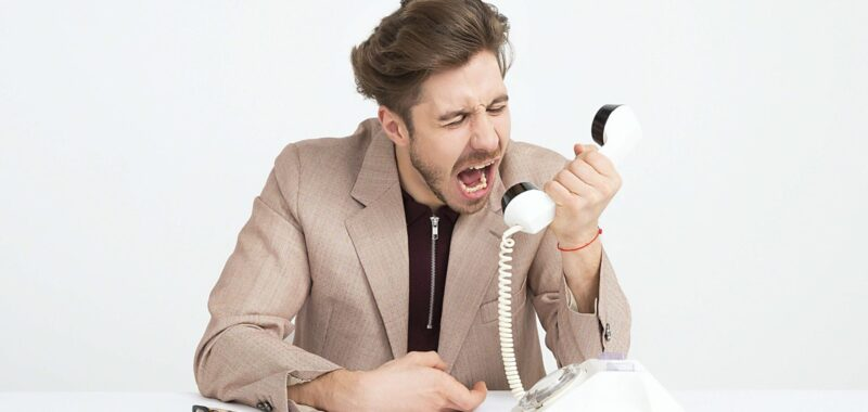 * Quel est l'impact de l'outil CRM sur la relation client ?